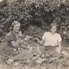 Jadwiga Tatara i Eugenia Jochym (ok. 1938 roku) - Archiwum Piotra Popielarza