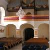 Żyrandole wstarym kościele 2010
