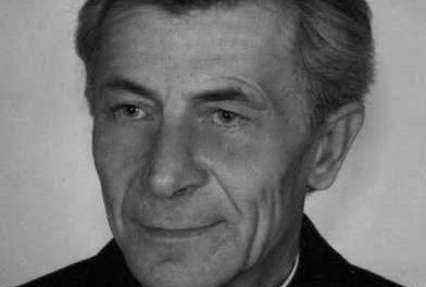 Ks.Ignacy Piwowarski odznaczony Krzyżem Wolności iSolidarności