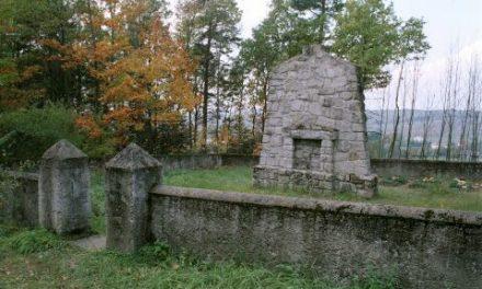 Cmentarz wojenny nr102 wWójtowej