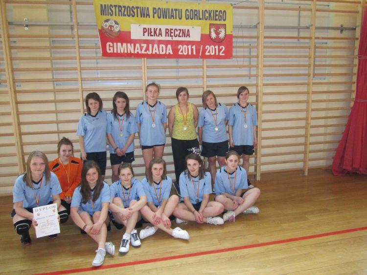Gimnazjum wLipinkach napowiatowych zawodach piłki ręcznej