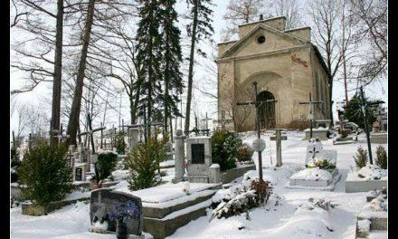 """Stary cmentarz wLipinkach tematem II posiedzenia Zarządu Towarzystwa """"Jastrzębiec"""""""