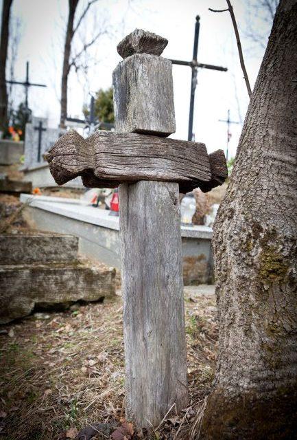 484 złote naporządkowanie starego cmentarza wLipinkach