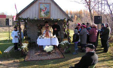 Msza zaOjczyznę przy kapliczce św.Marcina wLipinkach