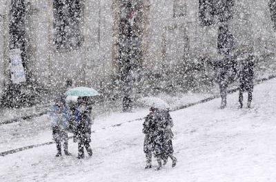 Spadnie do25 cm śniegu
