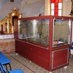 Katafalk Charon już wkaplicy przy starym kościele wLipinkach