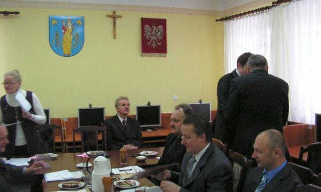 Wójt Gminy Lipinki Czesław Rakoczy otrzymał absolutorium