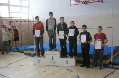 Halowe mistrzostwa powiatu wskoku wzwyż – Sękowa 2006
