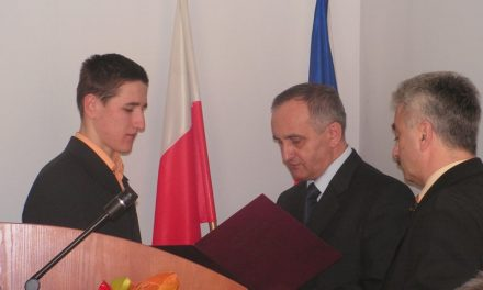 Szymon Kulka odebrał gratulacje Rady Powiatu Gorlice