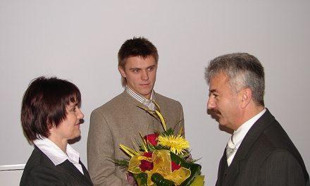 Dominik Bochenek wyróżniony przezwładze Powiatu Gorlickiego