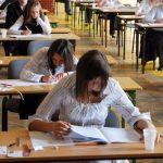 Gimnazjaliści zgminy Lipinki najlepiej napisali egzamin zhistorii iWOS-u oraz… niemieckiego