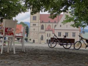 Na rynku wBardejowie - fot.M. iM. Rzeźnik (www.starafarma.pl)