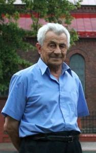 Ks. Ignacy Piwowarski wiosną 2013 r.