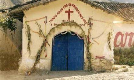 Misjonarz zPeru ks.Tomasz Wajdzik odwiedzi parafię Lipinki