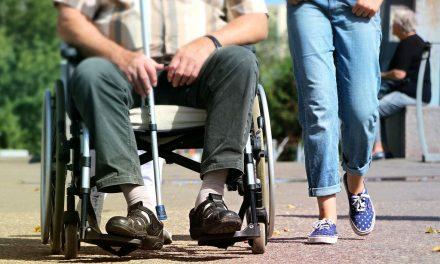 Gmina Lipinki kupuje samochód doprzewozu niepełnosprawnych