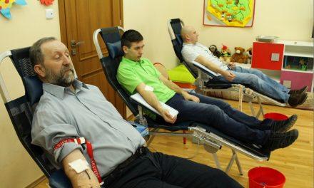 Krwiodawcy Klubu HDK Lipinki oddali honorowo 12,6 litra krwi