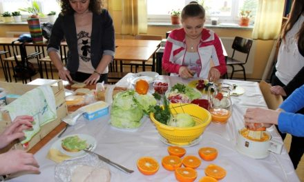 Publiczne Gimnazjum wLipinkach stawia nazdrowie