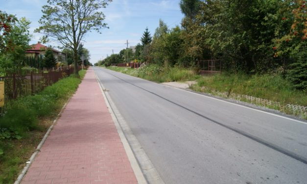Mamy już ponad 300 podpisów podpetycją wsprawie budowy chodnika