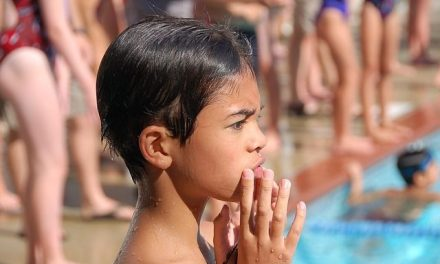 Ponad 6,5 tys. zł nanaukę pływania pozyskała Gmina Lipinki