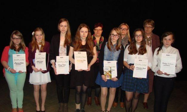 Młodzi recytatorzy zgminy Lipinki nagrodzeni wGorlicach