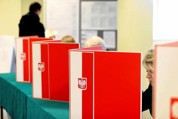 Pierwszy radny nowej kadencji Rady Gminy Lipinki cieszy się zmandatu