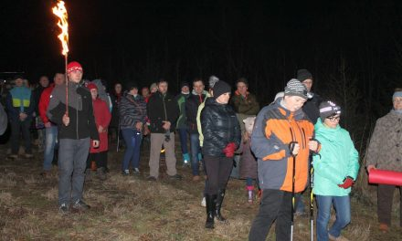 Ekstremalna Droga Krzyżowa: Prawie pół tysiąca uczestników spotkało się naCieklince