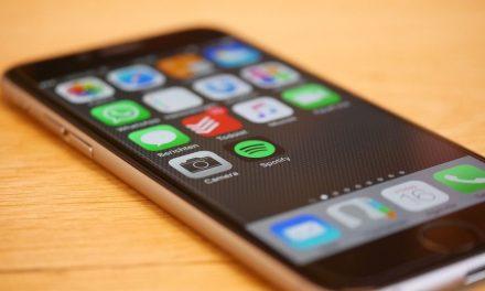 Naco zwrócić uwagę, kupując smartfon?