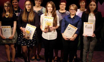 II Wiosenny Konkurs Recytatorski: II miejsce dla gimnazjalistki Dagmary Dąbek zKrygu