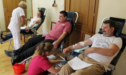 Wakacyjna akcja Klubu HDK Lipinki – prawie 7 litrów krwi