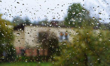Nadciągają ulewne deszcze. Najnowsze ostrzeżenie meteorologiczne dla powiatu gorlickiego