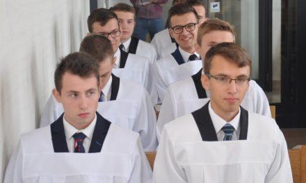 Dwóch kleryków zgminy Lipinki wWyższym Seminarium Duchownym wRzeszowie
