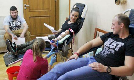 Honorowi krwiodawcy oddali wLipinkach 18 litrów krwi
