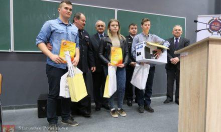 Katarzyna Mika zKrygu wicemistrzynią Turnieju Wiedzy Pożarniczej