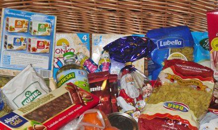 Szkoła Podstawowa wKrygu: Sukces Świątecznej Zbiórki Żywności