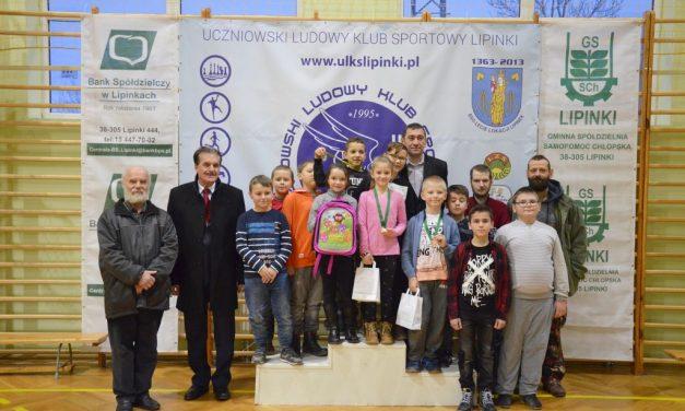 II Mikołajkowy Turniej Szachowy: Kacper Świerzowski, Arek Patrzyk iZofia Baranowska najlepsi zLipinek