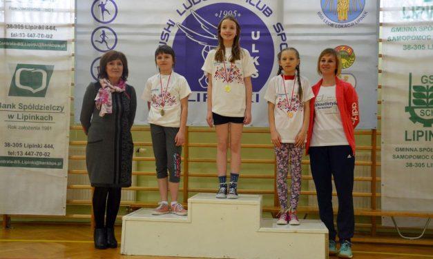 Młodzi skoczkowie wzwyż rywalizowali wVIII Otwartych Mistrzostwach Lipinek