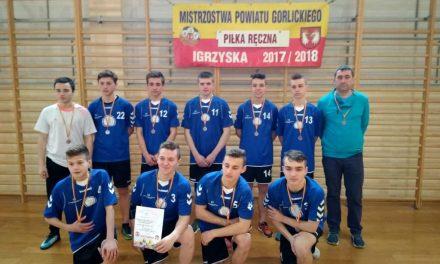 Brązowe medale szczypiornistów zLipinek naMistrzostwach Powiatu