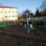 Otwarta Strefa Aktywności wWójtowej, dotacja naparking przy szkole wLipinkach