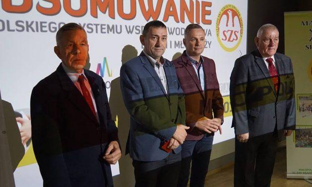 """Tomasz Świerzowski uhonorowany odznaką """"ZaZasługi dla Sportu"""""""