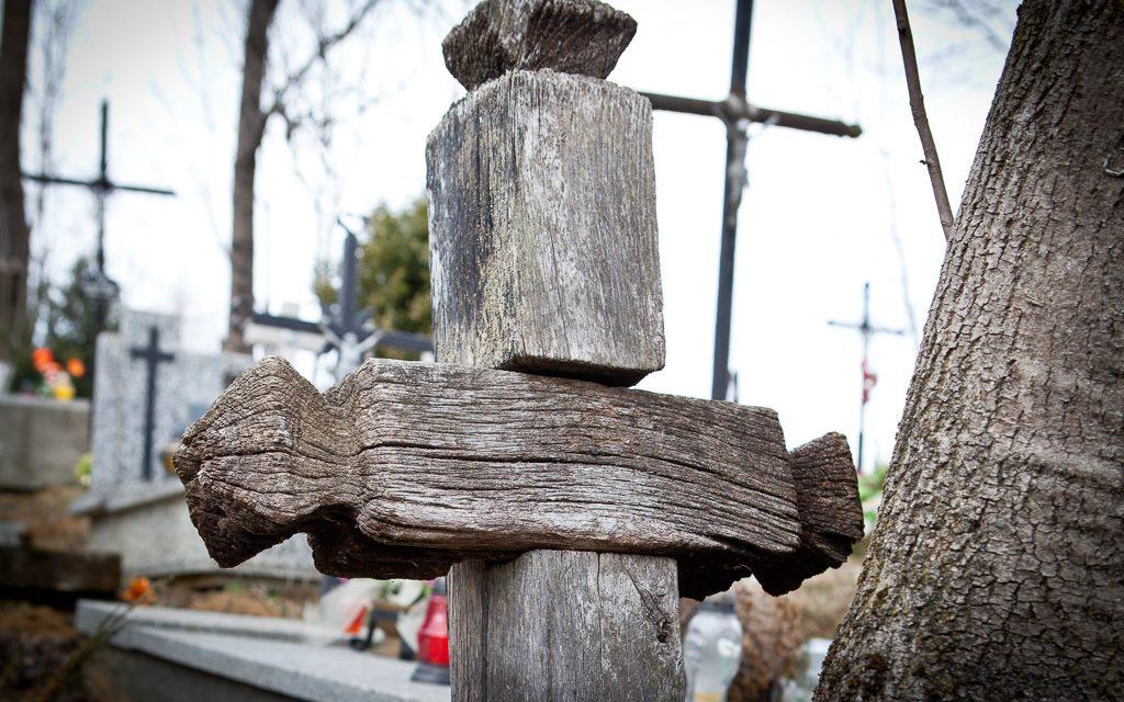 Ile wyniosła składka wDzień Zaduszny naporządkowanie starego cmentarza wLipinkach?