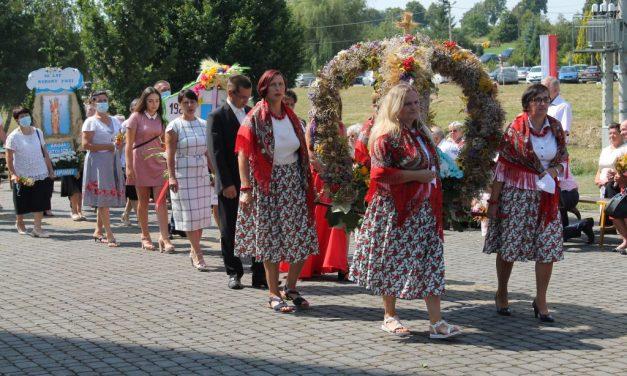 Odpust wLipinkach w40. rocznicę Koronowania Cudownej Figury Matki Bożej Lipińskiej – GALERIA