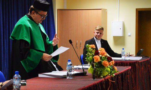 Ks.Jakub Nagi zKrygu obronił doktorat