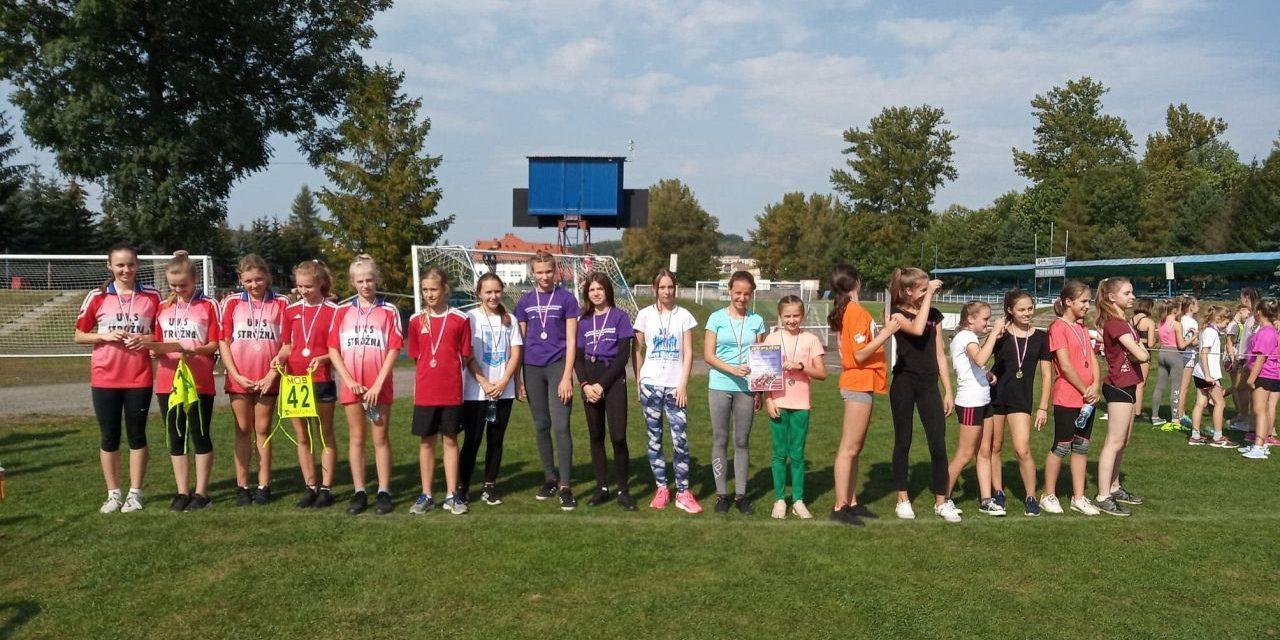 Sztafetowe Biegi Przełajowe iwyniki młodych sportowców zLipinek