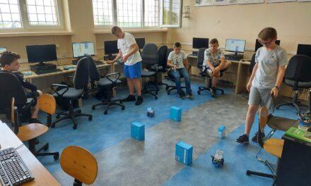 Algorytmika iprogramowanie wCentrum Mistrzostwa Informatycznego wKrygu